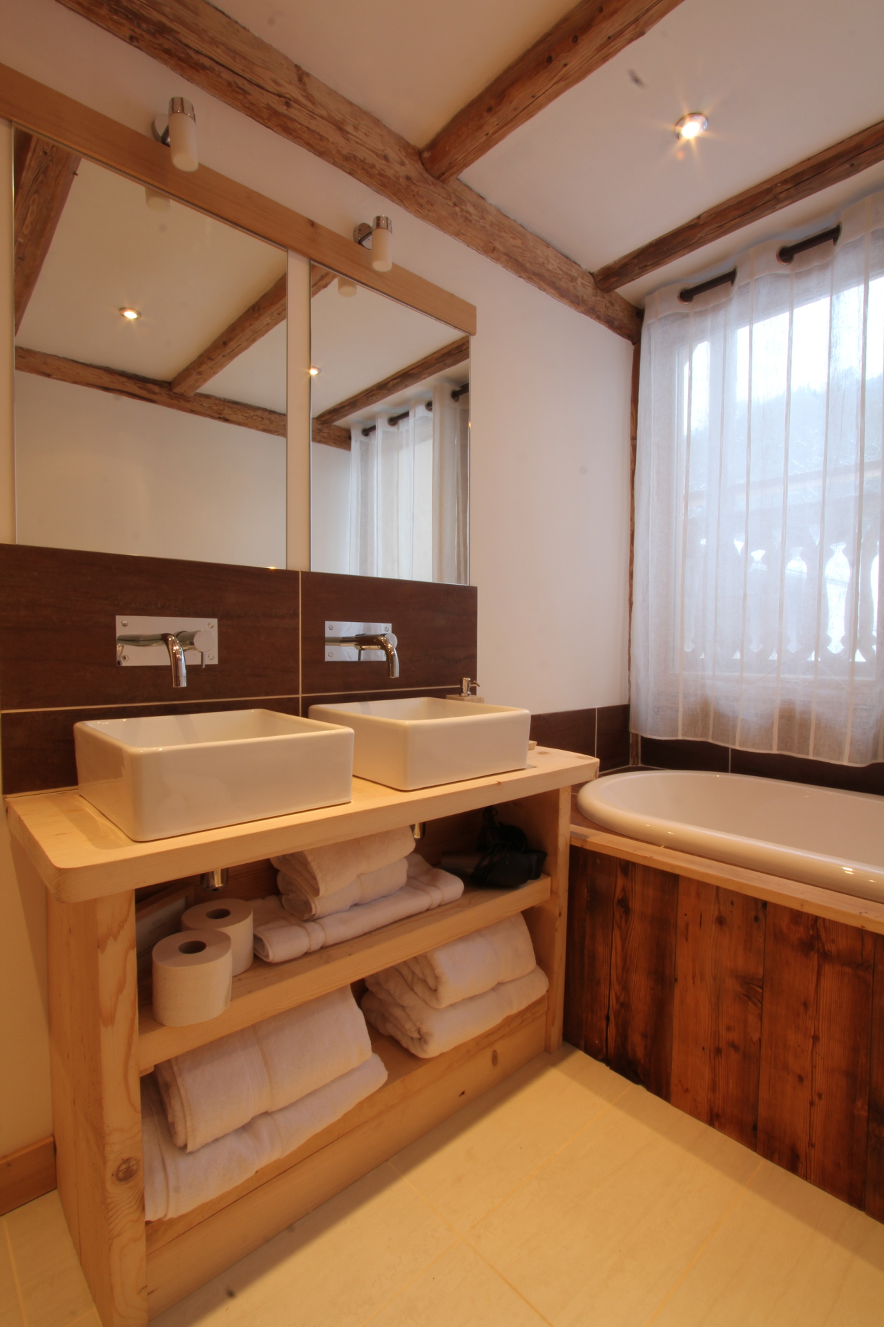Luxury chalet bathroom | Renovation Solutions